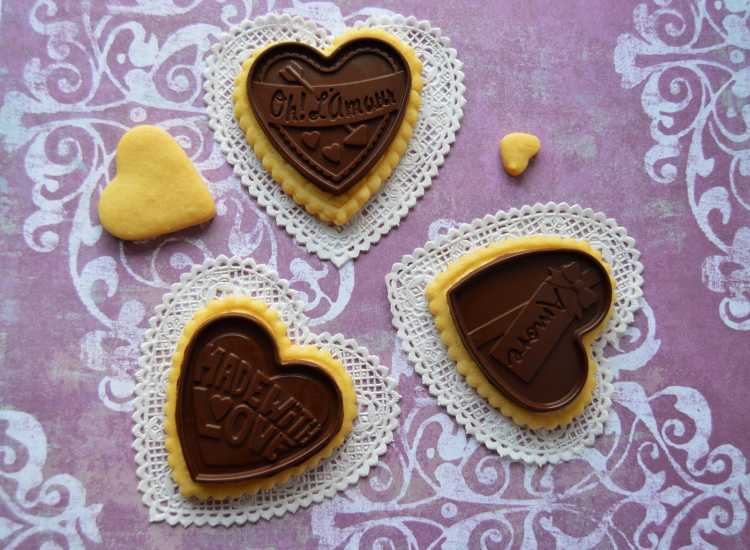 galletas de corazon con chocolate