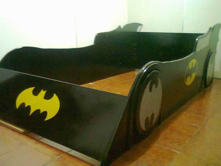 cama de superheroes
