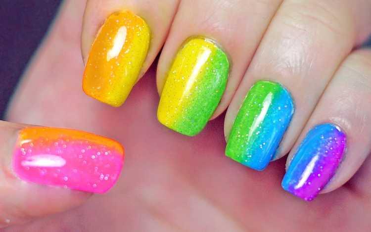 uñas arcoiris