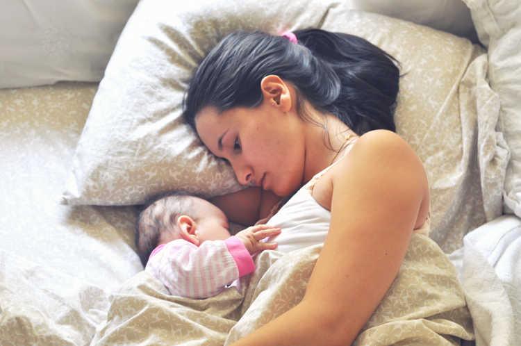 madre y su bebe