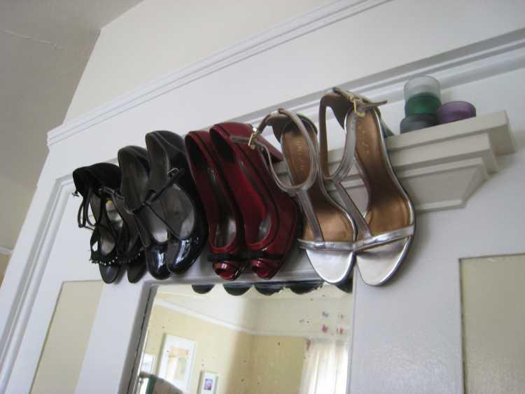 guardar zapatos puerta