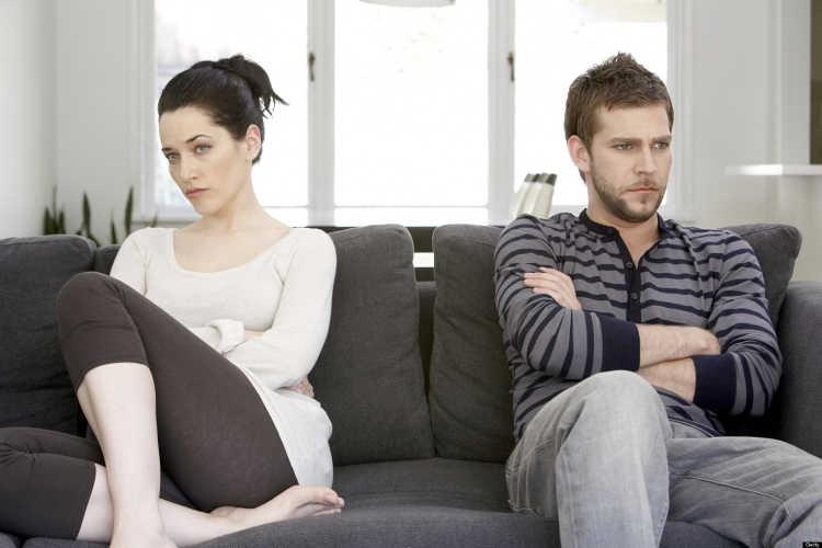 parejas enojadas