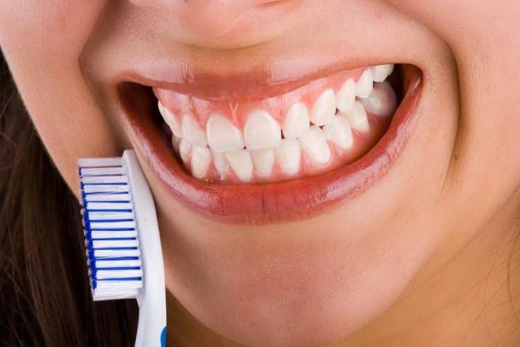 prevenir dientes amarillos