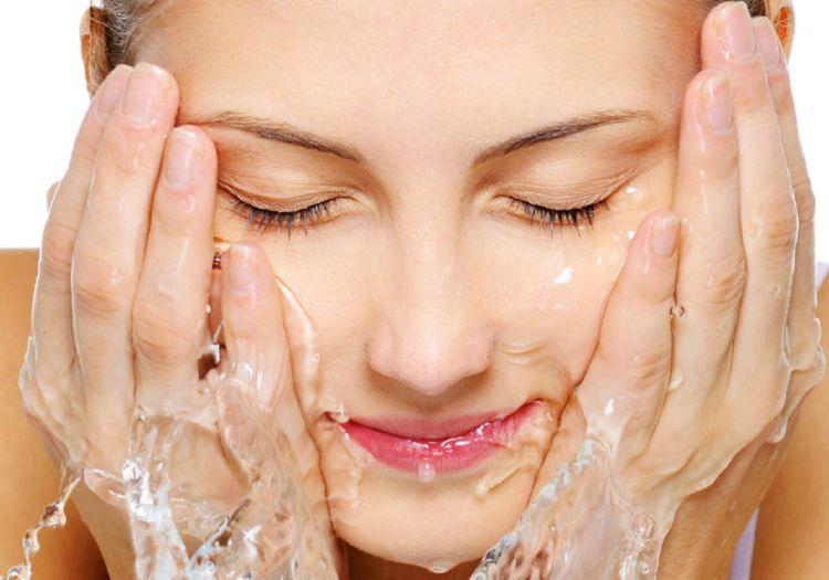 lavar rostro
