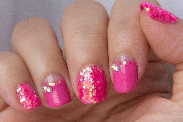 diseños uñas purpurina