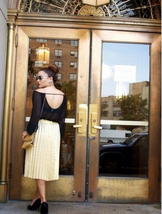falda dorada con top