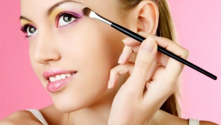 usar menos maquillaje