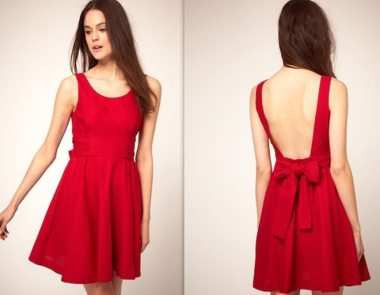 vestido rojo escotado espalda
