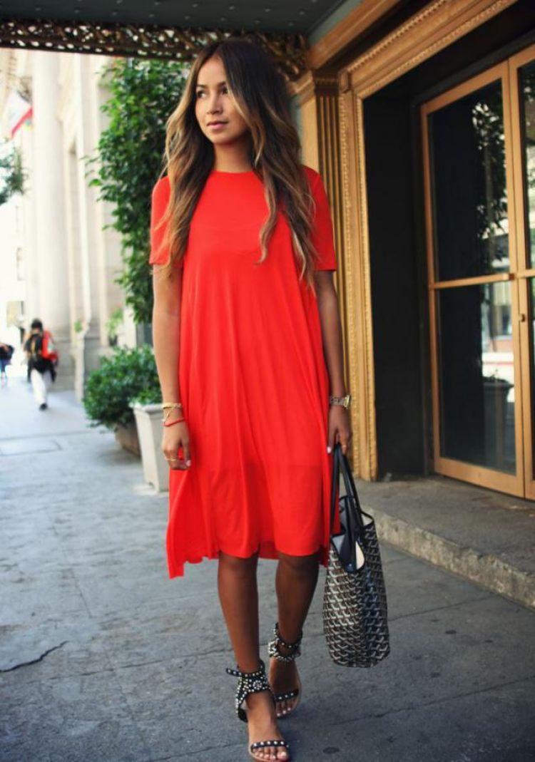 vestido rojo suelto