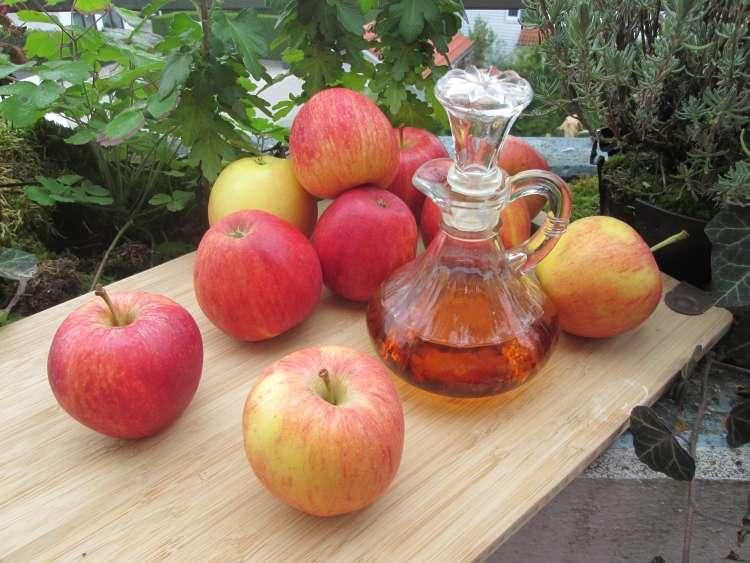 conoce los beneficios del vinagre de manzana y agregalo a tus comidas