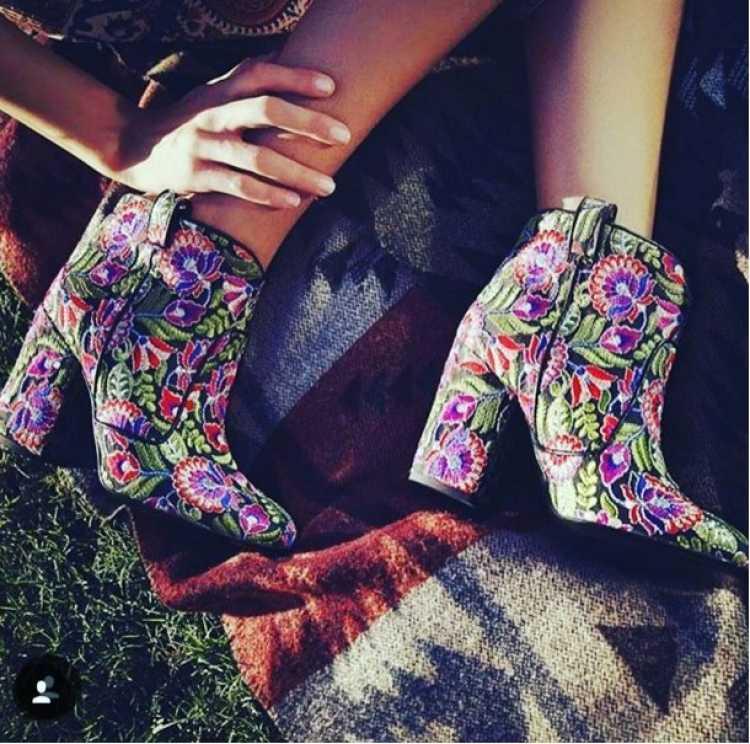 botas florales