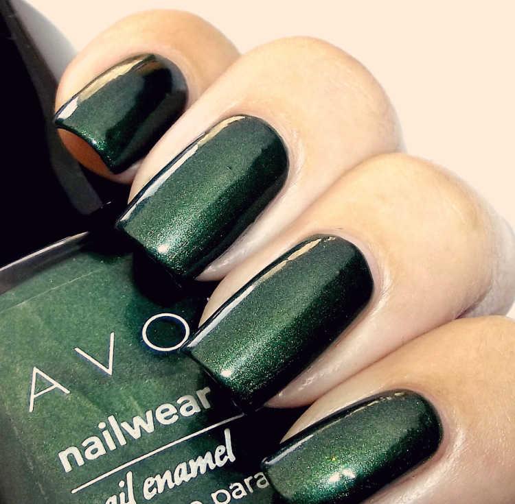 color esmalte verde guerra