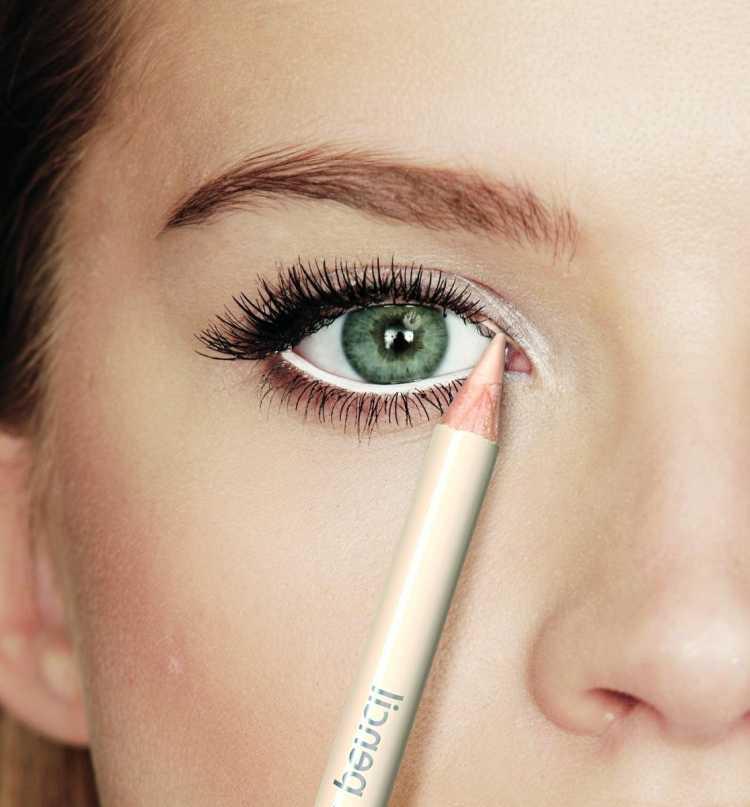 delinear ojos lapiz brillante