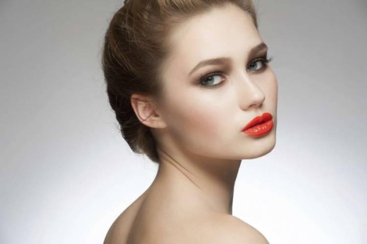 labial rojo anaranjado