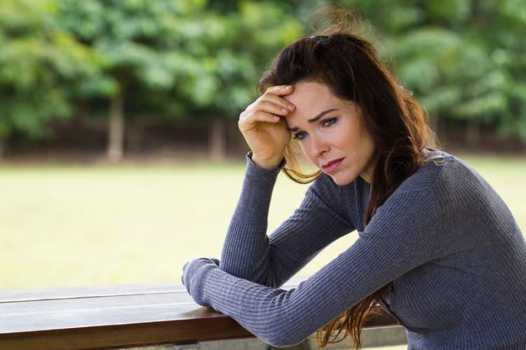 mujer infeliz