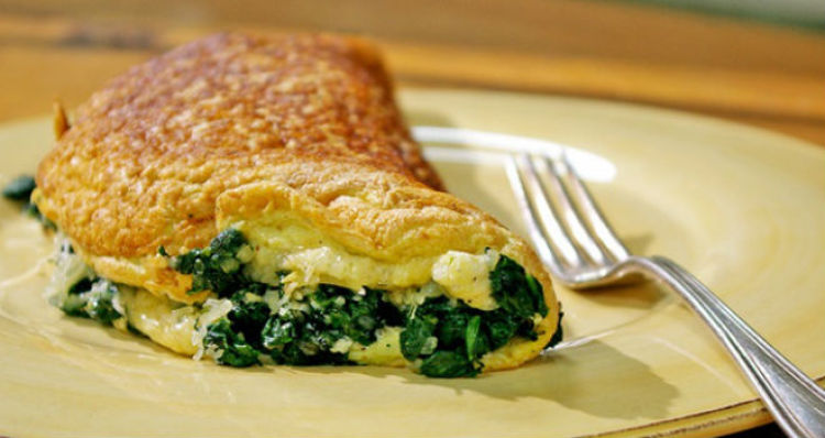 omelette de espinaca y queso