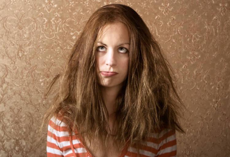 tips para eliminar el frizz si no secaste tu cabello