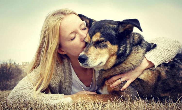 besar a la mascota