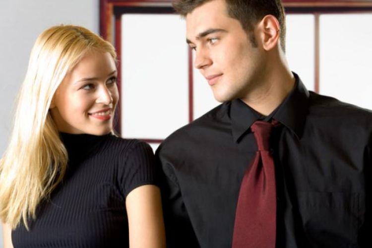 hombres se estresan mas al estar junto a una mujer bonita