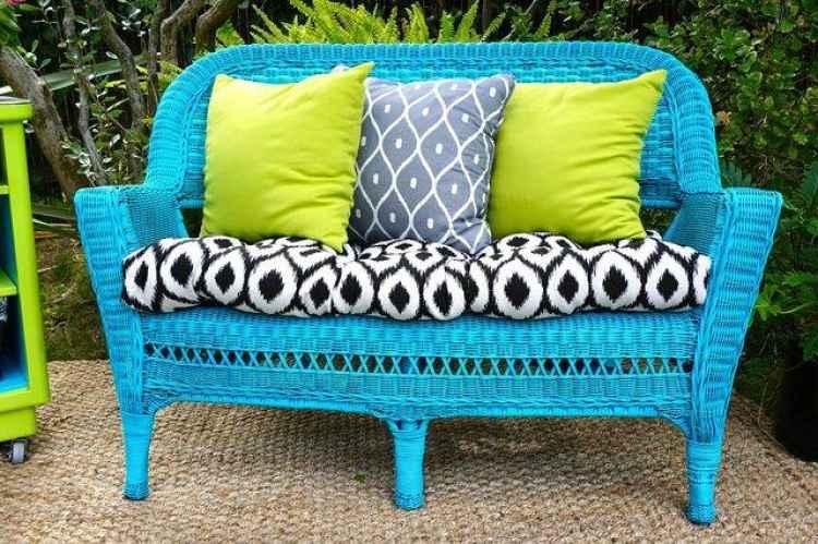 silla de mimbre jardin