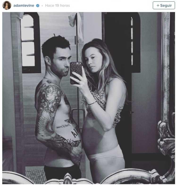 adam levine y su esposa embarazada