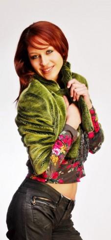 Ingrid Aceitón 122 227x490 Fotos: Ingrid Aceitón, participante de Miss Chile en No basta con ser bella
