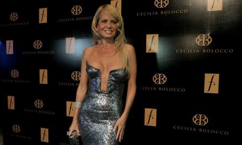Cecilia Bolocco y su impactante escote