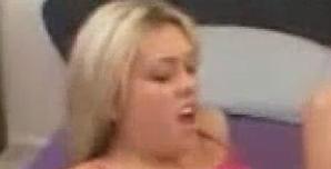 daniela aranguiz 3x Vídeo Prohibido erótico de Daniela Aranguiz