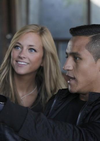 Laia Grassi  y Alexis Sanchez 7