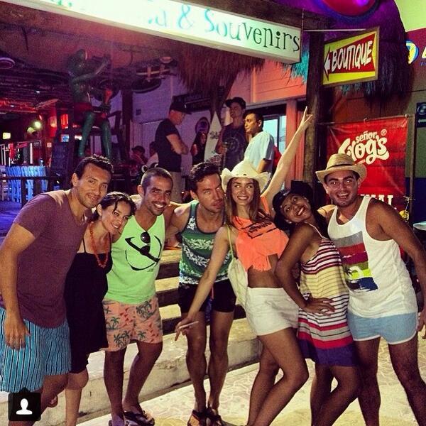 Jhendelyn Nuñez Playa del Carmen