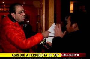 Bonvallet golpea a periodista