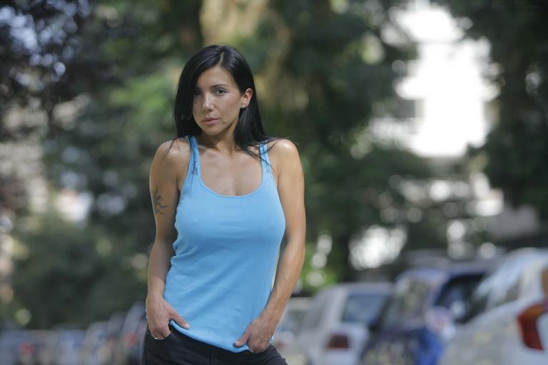 actriz noelia arias 300x198 Licenciada tetarelli ahora es Dj