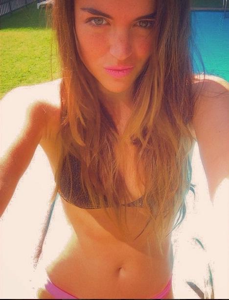 Girl topless on beach in australia - 1 part 8