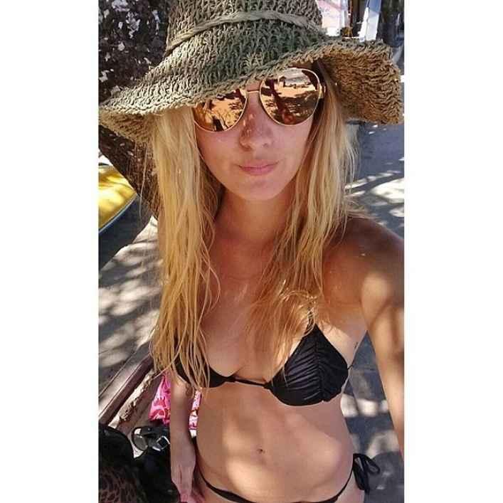 kika silva bikini