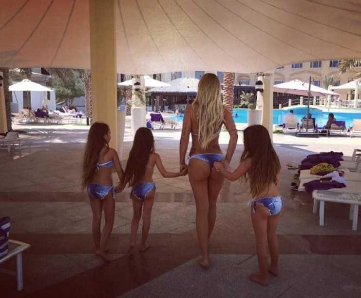 cote lopez y sus hijas bikini