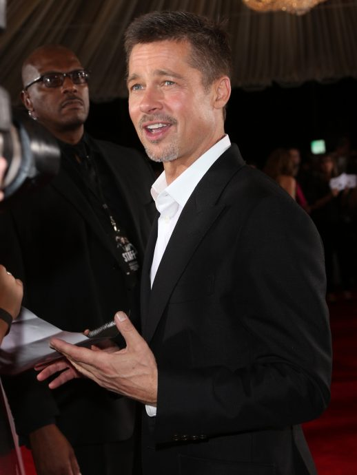 """WESTWOOD, CA - NOVEMBER 09: Actor Brad Pitt attends the fan event for Paramount Pictures' """"Allied"""" at Regency Village Theatre on November 9, 2016 in Westwood, California. (Photo by Frederick M. Brown/Getty Images)"""