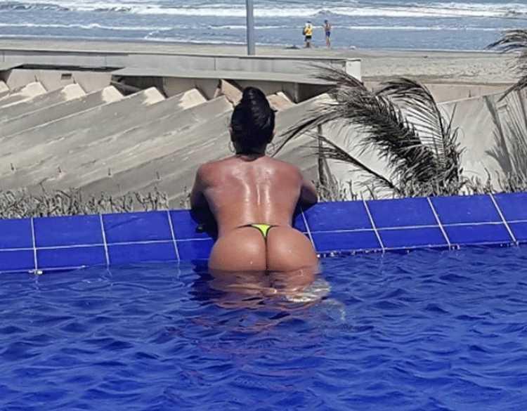 sandra rios topless