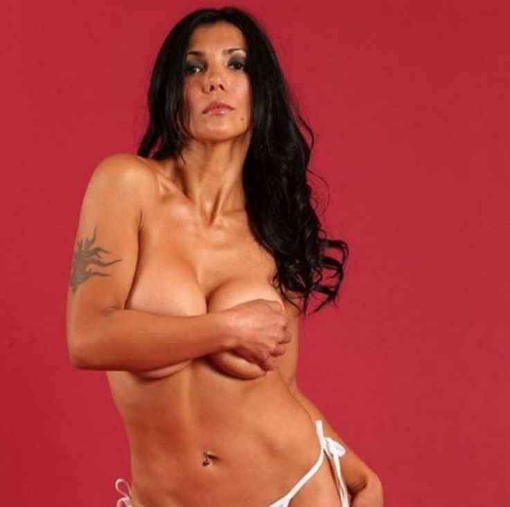 noelia arias topless