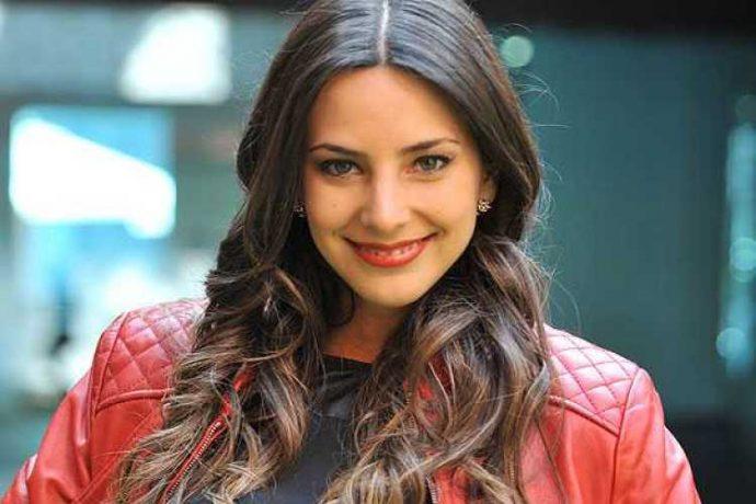 Con fotos y videos Toarii Valantin confirmó romance con Daniela Castillo