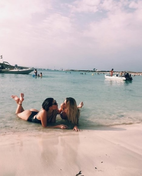 romina malaspina bikini 6