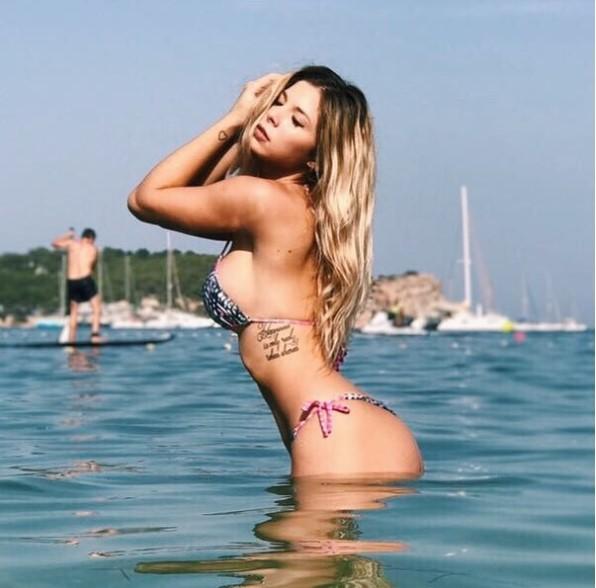 romina malaspina bikini