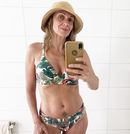 Actriz Katyna Huberman se luce en bikini a sus 49 años